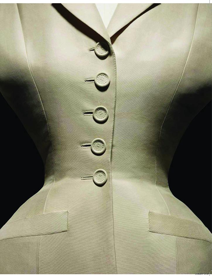 Tailleur Bar. Haute couture printemps-été 1947.